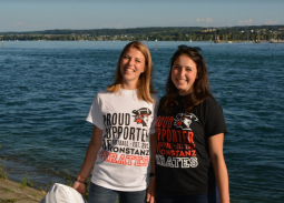 Neue Pirates Supporter Shirts